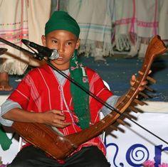 Karen musical instrument Small World Festival