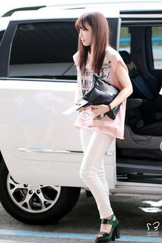 140618 taeyeon's airport fashion