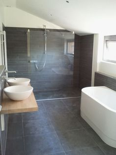 40 grey slate bathroom floor tiles ideas and pictures 2019 Grey Slate Bathroom, Bathroom Floor Tiles, Wood Bathroom, Laundry In Bathroom, Grey Bathrooms, Bathroom Renos, Beautiful Bathrooms, Bathroom Interior, Modern Bathroom