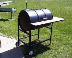 Build your own Texas Smoker 55 Gallon Drum Smoker, Bbq Pics, Oil Drum Bbq, Barrel Stove, Build A Coffee Table, Barbecue Smoker, Homemade Smoker, Diy Grill, Smoke Bbq