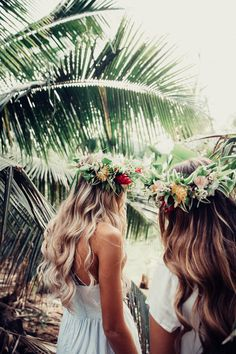 Flower crowns and beach waves Photos Bff, Friend Pictures, Summer Goals, Summer Of Love, Best Friend Goals, Best Friends, Fotos Goals, Photo D Art, Fotos Do Instagram