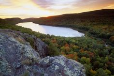 Lake of the Clouds at sunset in Autumn, Porcupine Mountains State Park, Upper Penninsula, Michigan