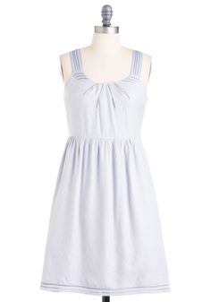 Why don't I have a dress yet for May?! This is another possibility.