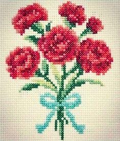 Karanfilim üç budak. Öpüverdim şıppadak. Gudurası kaynana. Geliverdi hoppadak. #crossstitch #çarpıişi #puntodecruz #pointdecroix #puntocroce #korssting #korsstygn #kreuzstitch #etamin #etaminişleme #kaneviçe #kanava #karanfil #clove #cloveflower