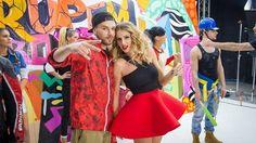 "Andreea Bănică şi Shift au lansat clipul piesei ""Rupem Boxele"" Music Channel, Rupaul, Cheer Skirts, Strapless Dress, Box, News, Dresses, Fashion, Video Clip"