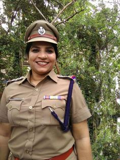 Saritha Nair to play as Police Officer Role Movie Vayyaveli | Full Cast and Crew