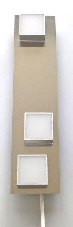 MeiLi One Alu transparent auf gebürsteter Aluminiumplatte als Wandleuchte oder Deckenleuchte