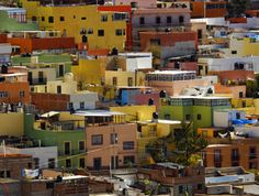 Colorful houses of Mexico! goo.gl/33uo5