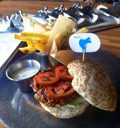#hamburguesa hecha al gusto del #restaurante Noviembre a domicilio #burger #Malaga www.foodmesenger.com