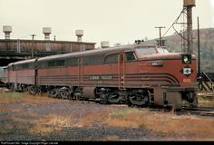 Net Photo: LV 601 Lehigh Valley Alco at Lehighton, Pennsylvania by Roger Lalonde Train Car, Train Tracks, California Zephyr, Railroad Pictures, Railroad History, Abandoned Train, Pennsylvania Railroad, Train Times, Train Pictures