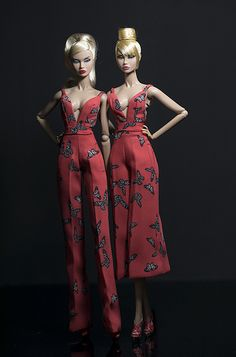 butterfly jumpsuit for Fashion royalty , nuface, poppy parker , barbie silkstone , fashion doll same size Barbie Gowns, Barbie I, Barbie World, Barbie And Ken, Barbie Dress, Barbie Clothes, Fashion Royalty Dolls, Fashion Dolls, Haute Couture Brands