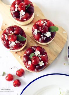 Kirsebær cheesecakes på kiksebund, www.bydianawi.com