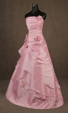 svatební šaty - plesové šaty, svatební šaty, společenský salón