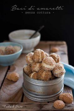 I baci di amaretti caffè e mascarpone sono un dolcetto di un sol boccone fresco e davvero molto goloso, ideale con questo caldo non serve accendere il forno