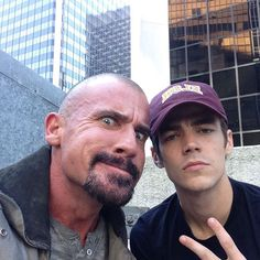 Out of here. Great days filming on da #flash love working with this production surrounded by cool talented folk. Don't know why I'm pulling this stupid face here with @grantgust great young man very humble; my type of person. Won't of course forget my #brotherfromanothermother #wentworthmiller #captaincold we always have fun. !!!.......... MAN IM GETTING GOOD AT THIS SELF PROMOTION SHIT.