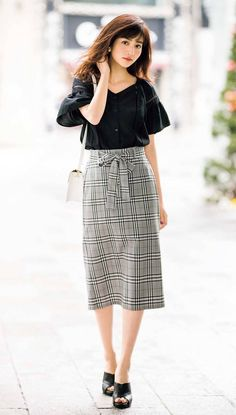 beautiful outfits, You can collect images you discovered organize them, add your own ideas to your collections and share with other people. Japan Fashion, Curvy Fashion, Modest Fashion, Skirt Fashion, Retro Fashion, Womens Fashion, Fashion 2018, Fashion Fashion, Classy Outfits