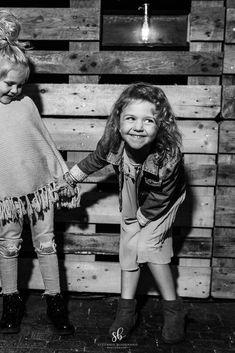 #kids #kidsstyle #family #familyfirst #kinderfotografie #kidsphotography #stefaniebuonannophotography #familienfotografin #familienfotografie #schweiz #industrial #industrialstyle #kinder #fotografin #fotografinostschweiz Industrial, Photography, Kids, Photograph, Fotografie, Industrial Music, Photoshoot, Fotografia