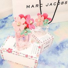 perfume, daisy, and pretty image Marc Jacobs Perfume, Marc Jacobs Daisy, Just Girly Things, Body Spray, Smell Good, Bath And Body Works, Perfume Bottles, Ari Perfume, Lotions