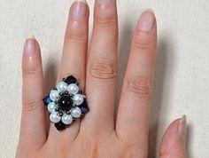 Free Beading Pattern: Rhombus Flower Bead Ring featured in Sova-Enterprises.com Newsletter