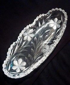 Round Clear Crystal Pressed Glass Server Candy Plate Dish