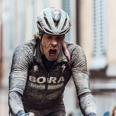 Strade Bianche 2018 did not disappoint Photo @cyclingimages