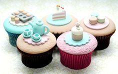 fondant teacup cupcakes