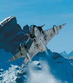 Swiss Air, Air Machine, Old Planes, Aviation Art, Military Aircraft, Air Force, Fighter Jets, Pilot, Beer