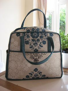 Amy Butlers weekender bag by HandbagsbyHelen, via Flickr