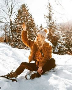 23 fantastic winter trends ideas you should try right away # fashionsh . - 23 fantastic winter trends ideas you should try right away # fashionshoot - Winter Trends, Winter Ideas, Snow Photography, Photography Poses, Levitation Photography, Exposure Photography, Abstract Photography, Mode Au Ski, Winter Outfits For Teen Girls