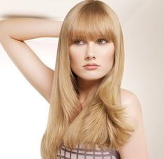 Alfaparf Evolution of the CUBE www.hu www. Thick Bangs, Long Bangs, Beautiful Blonde Hair, Color Rubio, Natural Beauty Tips, Blunt Cuts, Layered Cuts, Female Images, My Hair