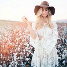 ≫∙∙∙ LIVE WILD & FREE ∙∙∙≪ Bohemian Fashion Inspirations @LadyinTraining | #bohemian #gypsy #boho
