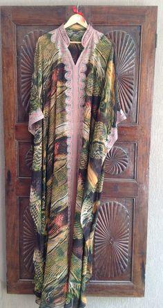 Chiffon caftan with embroidery www.etsy.com/shop/ArabianThreads