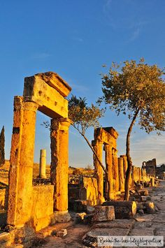 The ancient ruins of Hierapolis Turkey #photography #travel