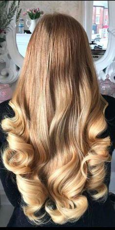 Super Shot With: Shade Medium Golden Blonde / Light Golden Blonde 📷 In … - Long Hair Big Curls For Long Hair, Long Natural Hair, Super Long Hair, Long Curly Hair, Wavy Hair, Curly Hair Styles, Curled Blonde Hair, Cool Blonde Hair, Permed Hairstyles