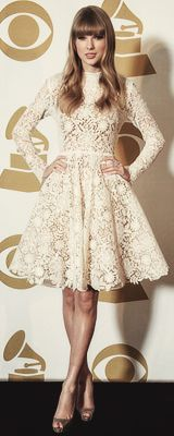 Say what you want about Taylor Swift. The girl has style!!!