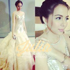 .@Myrrh Larsen Lao To | #JuliaMontes @montesjulia08 in a crystallized @Roger Hawkins Herrera gown. Yellow diam... | Webstagram - the best Instagram viewer