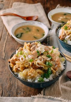 Okakodon (Japanese Chicken & Egg Rice Bowls), by thewoksoflife.com