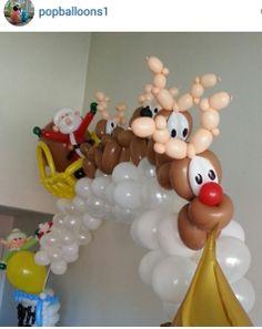 Christmas balloon arch. #christmas balloon décor #christmas balloon decoration #christmas balloon arch
