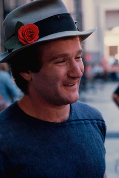 """Robin Williams On acting: """"All the new people you meet, it's pretty amazing. The vampire needs new blood. And there is still a lot to learn and there is always great stuff out there. Even mistakes can be wonderful. Robin Williams Movies, Captain My Captain, Madame Doubtfire, People Laughing, I Miss Him, Stand Up Comedy, Star Wars, Man Humor, American Actors"""