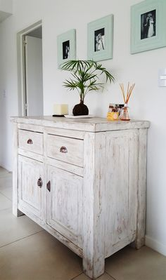 Post mueble de campo 1.10 x 0.50 x 0.90 Rustic Painted Furniture, White Washed Furniture, Distressed Furniture, Repurposed Furniture, Vintage Furniture, Furniture Makeover, Diy Furniture, Bathroom Furniture, Bathroom Interior