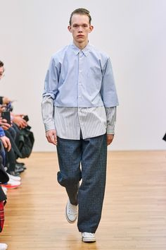 Comme des Garçons Shirt Fall 2019 Menswear Fashion Show Collection: See the complete Comme des Garçons Shirt Fall 2019 Menswear collection. Look 21 Style Casual, Casual Fall Outfits, Men Casual, Casual Menswear, Smart Casual, Best Mens Fashion, Mens Fashion Suits, Fashion Wear, Plus Size Fall Fashion