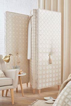 https://www.saum-und-viebahn.de/media/image/08-louis-detail2-elegant-raw-chic.jpg