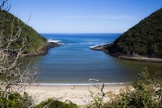 The bay at the Salt River, near Nature's Valley Most Beautiful Beaches, Beautiful Places, Africa Destinations, Places Worth Visiting, Le Cap, The Beautiful Country, Beaches In The World, Africa Travel, Ocean Waves