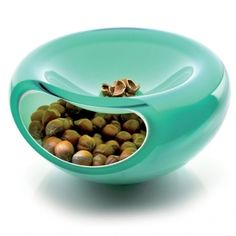 Nuts on the inside and place to stash the shells while you are eating.  Nice. #green #good design #glass