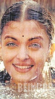 Actress Aishwarya Rai, Aishwarya Rai Bachchan, Adriana Lima Lingerie, Most Beautiful Women, Bellisima, Indian Beauty, Ash, Actresses, Woman
