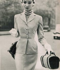 Fashion from 1952. The year of the Queen's coronation. Sacony suit featured in LIFE Magazine, but check out that structured bag!