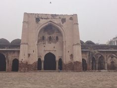 RANA's SPACE: A story of neglect and disrepair : Begumpur Masjid