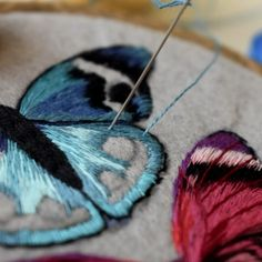Butterfly embroidery [Video] in 2020 Simple Embroidery Designs, Floral Embroidery Patterns, Hand Embroidery Videos, Embroidery Stitches Tutorial, Embroidery Flowers Pattern, Butterfly Embroidery, Creative Embroidery, Embroidery Jewelry, Ribbon Embroidery