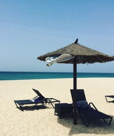 Beach chairs at the island Sal, great spot to chill - Cape Verde #Kaapverdie - More at https://www.kaapverdie.nl/vakantie-sal-kaapverdie/