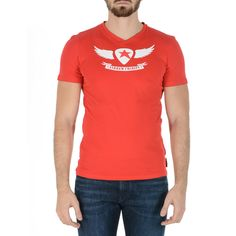 Color: Red Size: S Made of: 95% CO + 5% EA Details: TS101 03 1002 KENAN RED 001 – Color: Red – Composition: 95% CO + 5% EA – Sleeve: Short Sleeves – Neck: V-Neck – Fit: Slim – Made: TUNISIA – Front Logo Mens Sleeve, Logo Sign, Short Sleeves, V Neck, Slim, Mens Tops, T Shirt, Color Red, Women